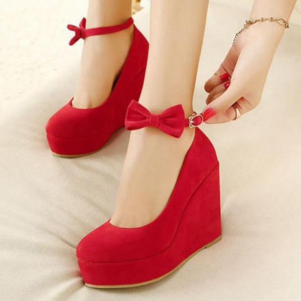 Round-toe waterproof platform shoes, one-word wristband and bow suede high heels